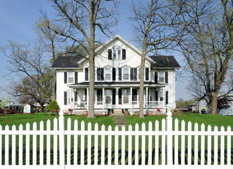 Springfield Style Picket Fence
