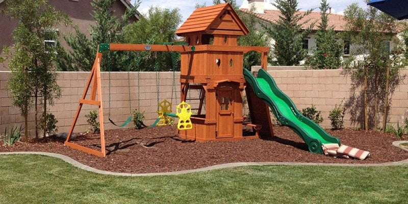 15 Outside of the Box Backyard Playsets