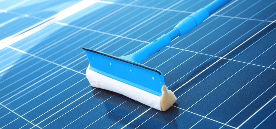How to Clean Solar Lights – Complete Guide