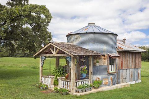 Top 15 Garden Shed Ideas [#12 is Beautiful]