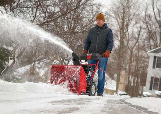Troy Bilt vs Craftsman Snowblowers