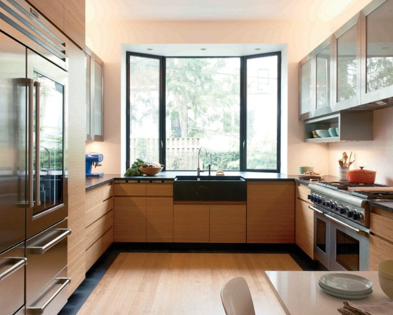 Make A Good Air Circulation With These Unique Kitchen Window Ideas | HomesFornh