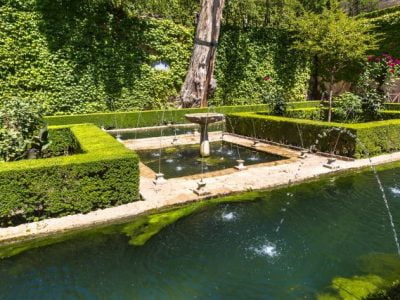 14 Water Feature Ideas for An Aesthetic Appeal