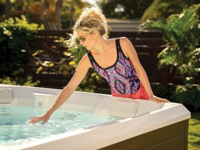 How Much Chlorine is Needed in a Hot Tub? Easy Guide!