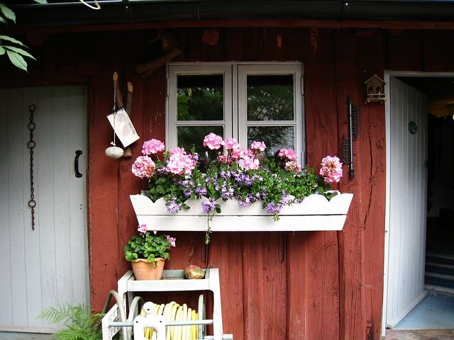 Pretty Potting Shed