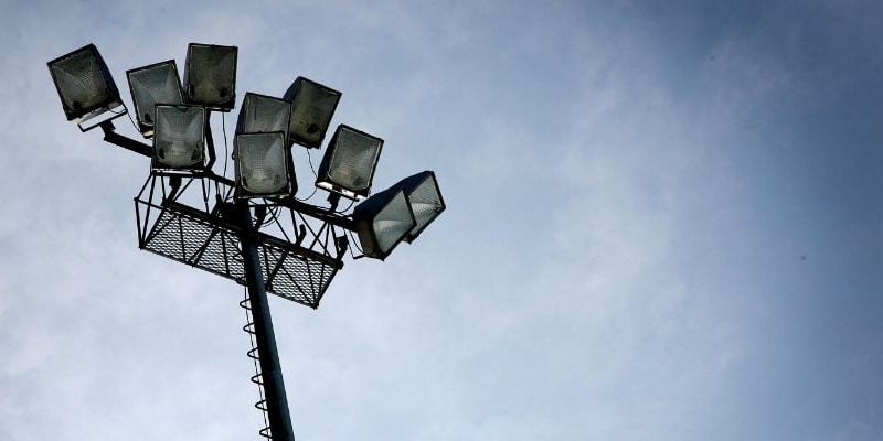 Spotlight VS Floodlight: Let us Compare and Contrast