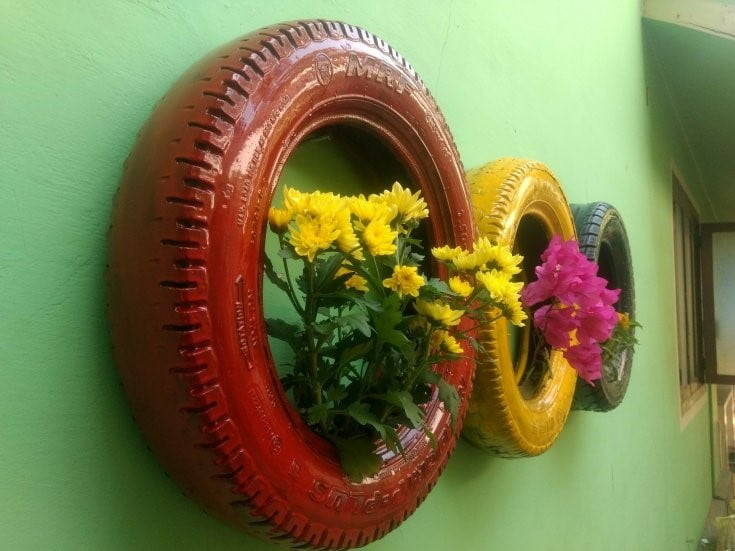 Uses of Old Tyres in Garden