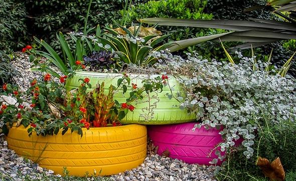 12 Best Tire Planter Ideas