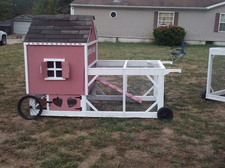 Farmhouse Style Chicken Coop
