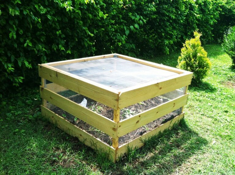 DIY Wood Pallet/Fence Picket Compost Bins