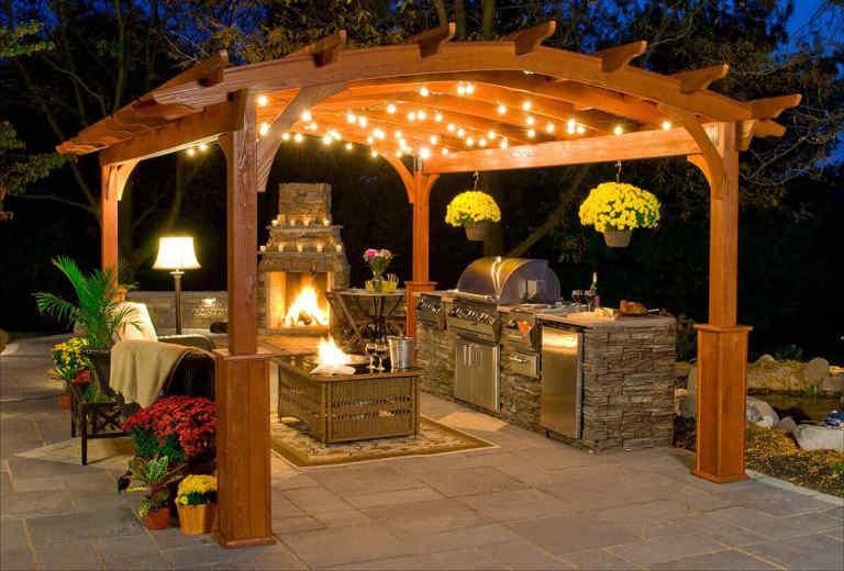 Patio Outdoor Kitchen