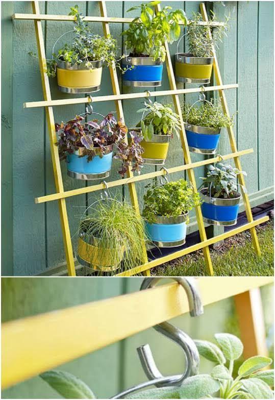 Scrap board vertical container garden trellis